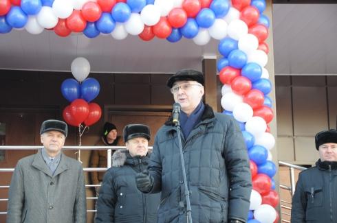 В Екатеринбурге сотрудникам ФСБ вручили ключи от квартир