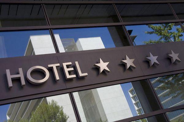 В России гостиницам горнолыжным трассам и пляжам будут присваивать звезды