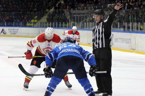 Зауральские хоккеисты разгромили дома китайский «КРС Хэйлунцзян» со счетом 3:1
