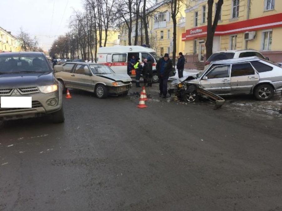ГИБДД: сводка происшествий на территории Свердловской области 15 февраля 2018 года