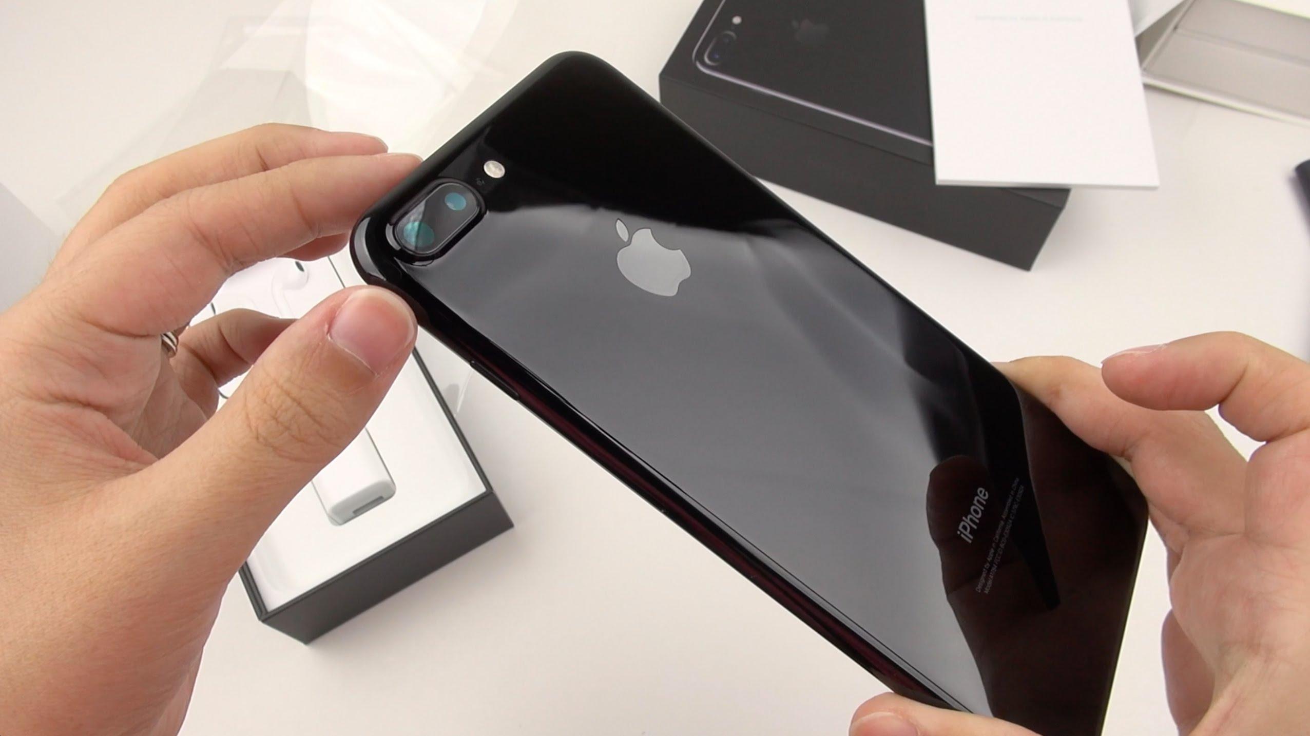 Гражданин Екатеринбурга отсудил усалона мобильной связи 144 тысячи завздувшийся Iphone