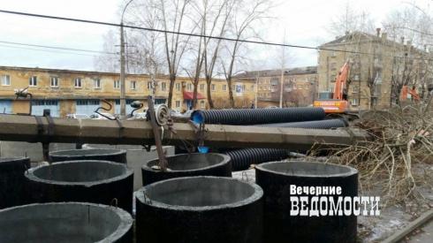 О возвращении на Урал бизнесмена из Баку, войне компроматов и отпуске полковника