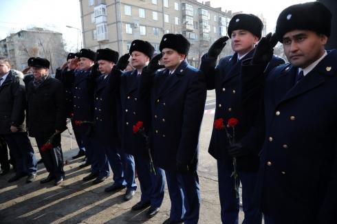 Первому прокурору Курганской области установили мемориальную доску