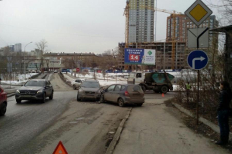 ГИБДД: сводка происшествий на территории Свердловской области за 5 апреля 2018 года