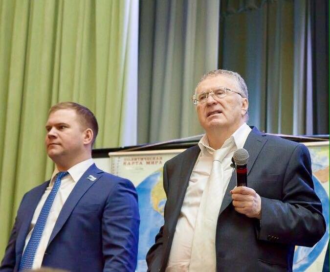 ЛДПР призвала назвать проспект Ленина вБарнауле именем Жириновского
