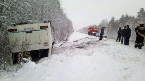 Сегодня утром восемь человек пострадали в ДТП на Среднем Урале