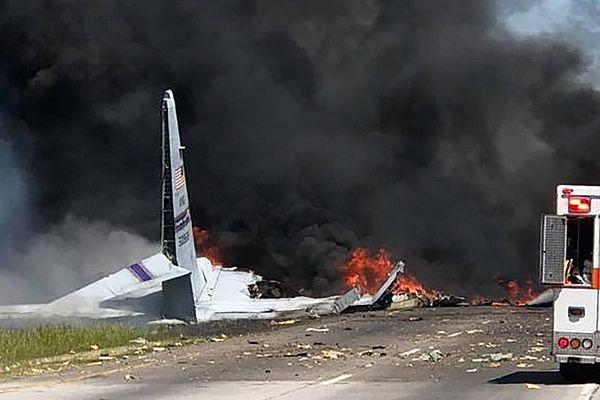 В штате Джорджия потерпел крушение транспортный самолет C-130 погибли девять человек