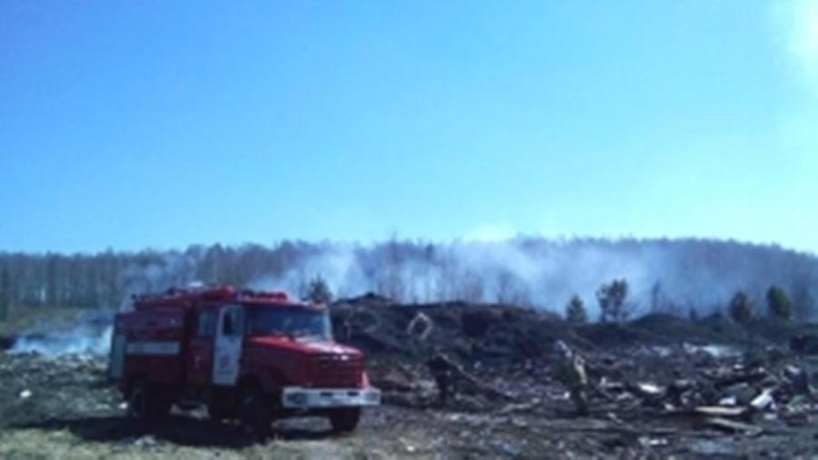 Открытое горение мусора на несанкционированной свалке в Екатеринбурге ликвидировано