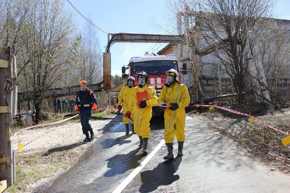 На Урале отработали действия спасателей при утечке хлора