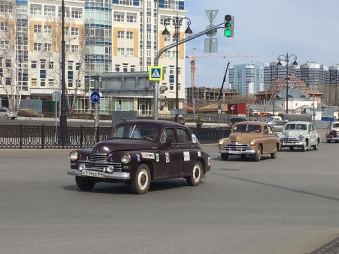 Екатеринбург посетила автоэкспедиция, приуроченная ко Дню Победы