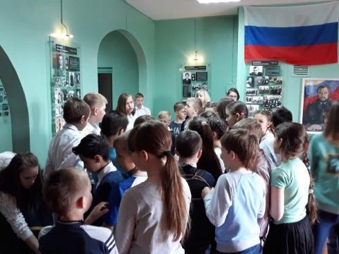 В Екатеринбурге школьников научили делать БТР