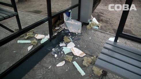 Пьяный екатеринбуржец украл из киоска 15 шоколадок