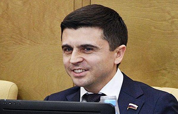 Государственная дума : Украина стянула военных у русских  границ впреддверииЧМ