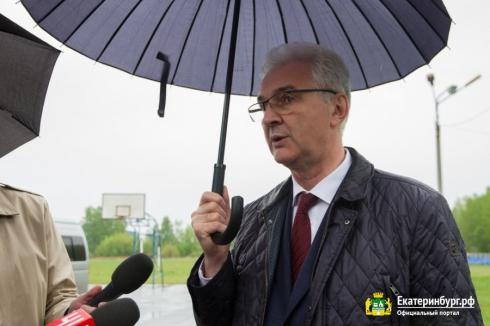 Будущие кандидаты в депутаты гордумы Екатеринбурга начали раздавать предвыборные обещания