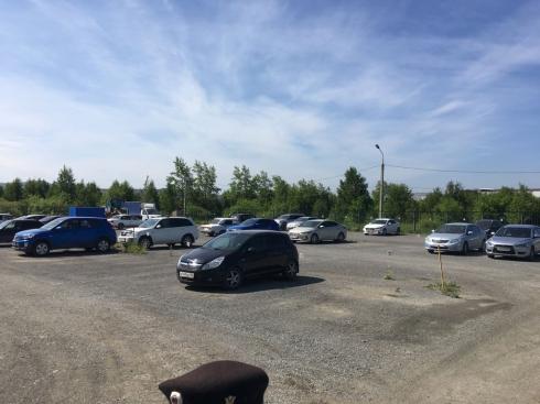 В Первоуральске у должника арестовали автостоянку