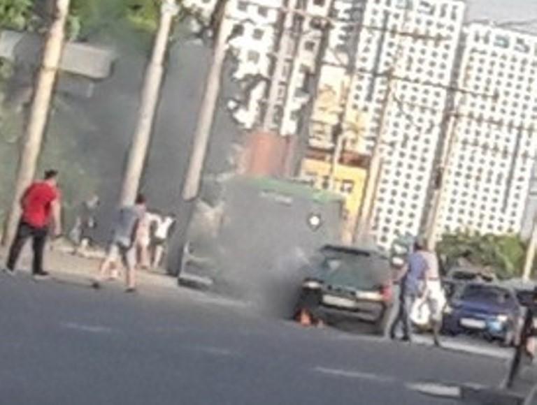 Вчера на Щербакова на ходу загорелась Daewoo Nexia