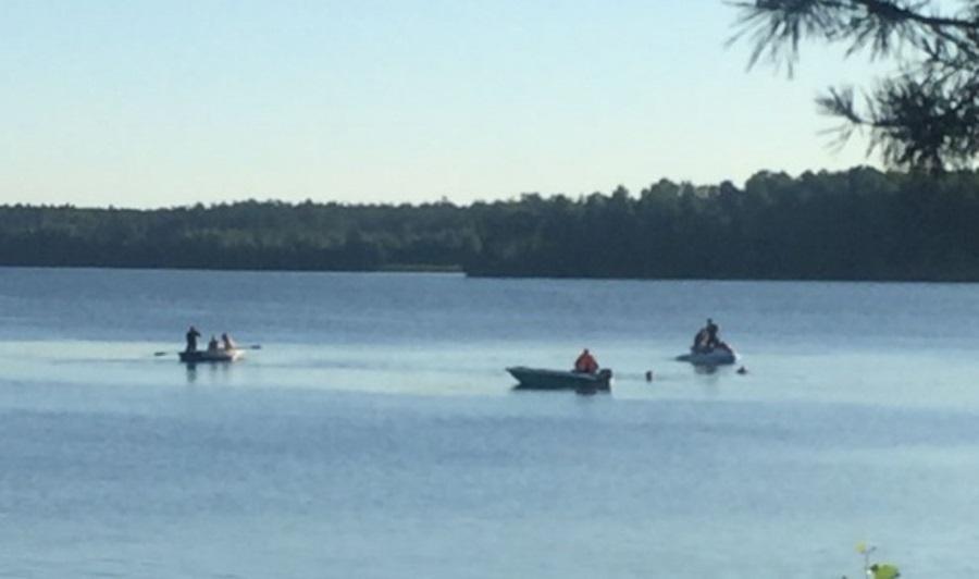 На озере Балтым утонул мужчина, катающийся на гидроцикле пьяным