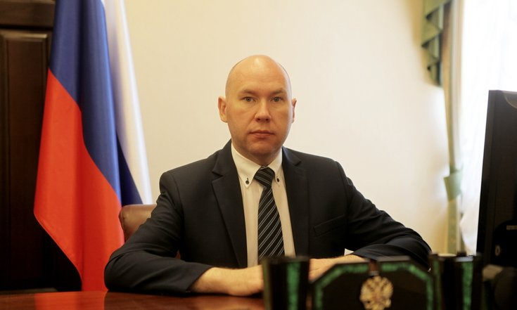 Полпред президента наУрале Цуканов приступил ксмене команды
