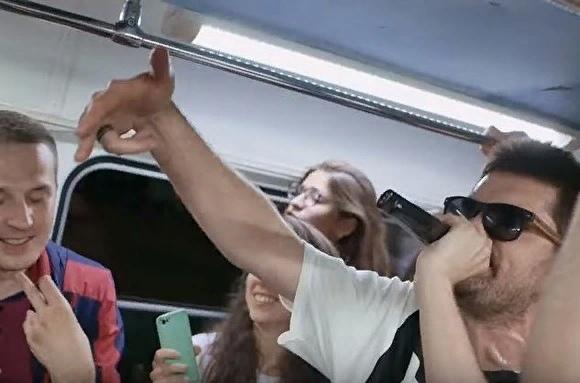 NoizeMC выпустил клип, снятый втрамвае Екатеринбурга наUral Music Night