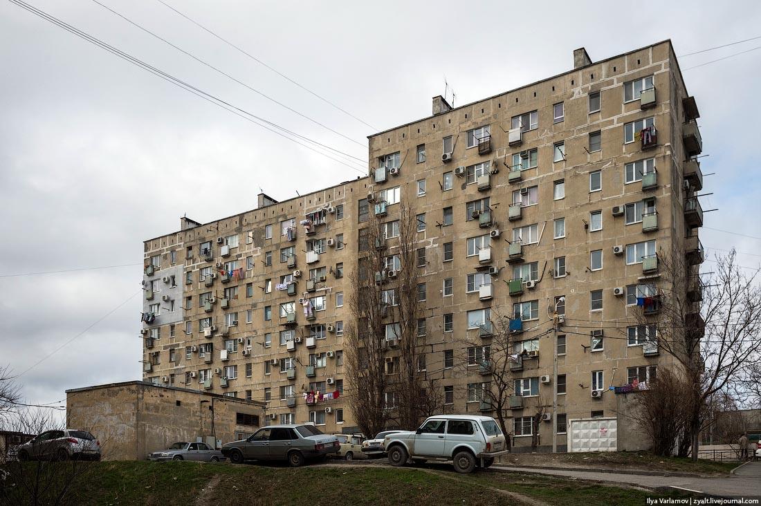 Екатеринбуржцам придется страховать лифты икрыши домов