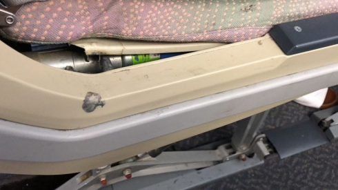 Екатеринбуржцам пришлось лететь в Турцию в самолёте, держащемся на скотче