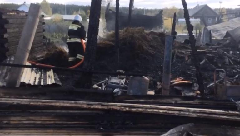 Прокуратура, МВД и СК проводят проверку по факту пожара в Ивделе, в результате которого пострадали шестеро детей