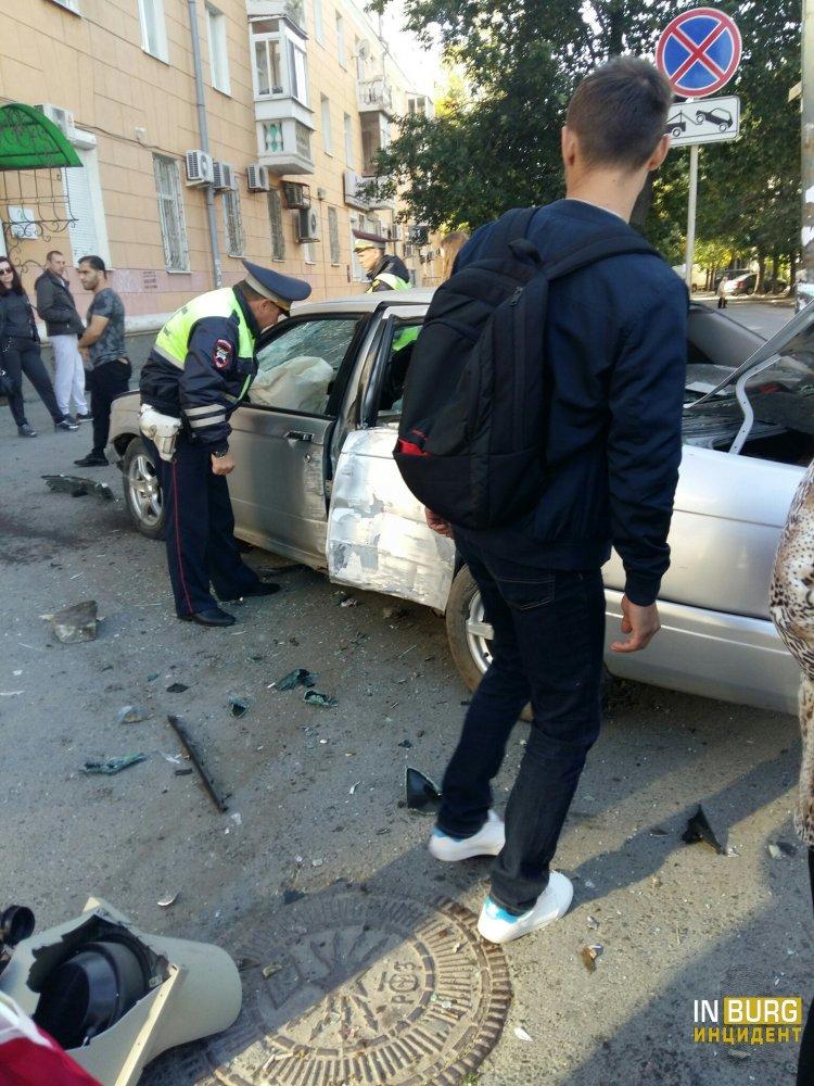 Серьёзное ДТП произошло воскресным утром в центре Екатеринбурга