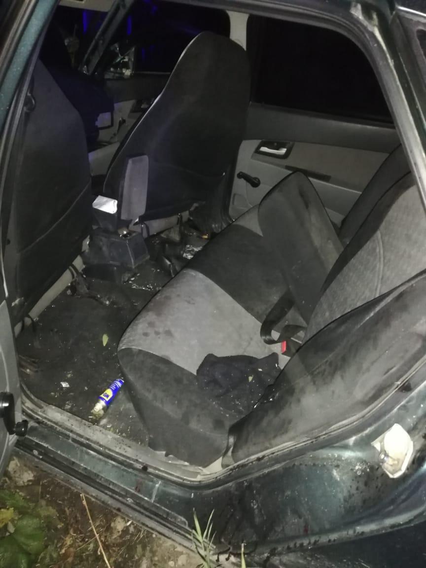 В Сухом Логу пьяная компания пыталась скрыться от инспекторов ДПС