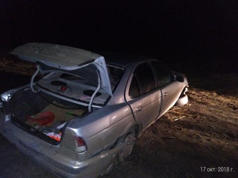 Две аварии с опрокидыванием произошли в Зауралье. Оба водителя пострадали