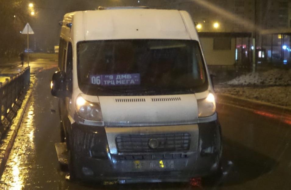 Пьяный житель Екатеринбурга угнал маршрутку из состава городского общественного транспорта