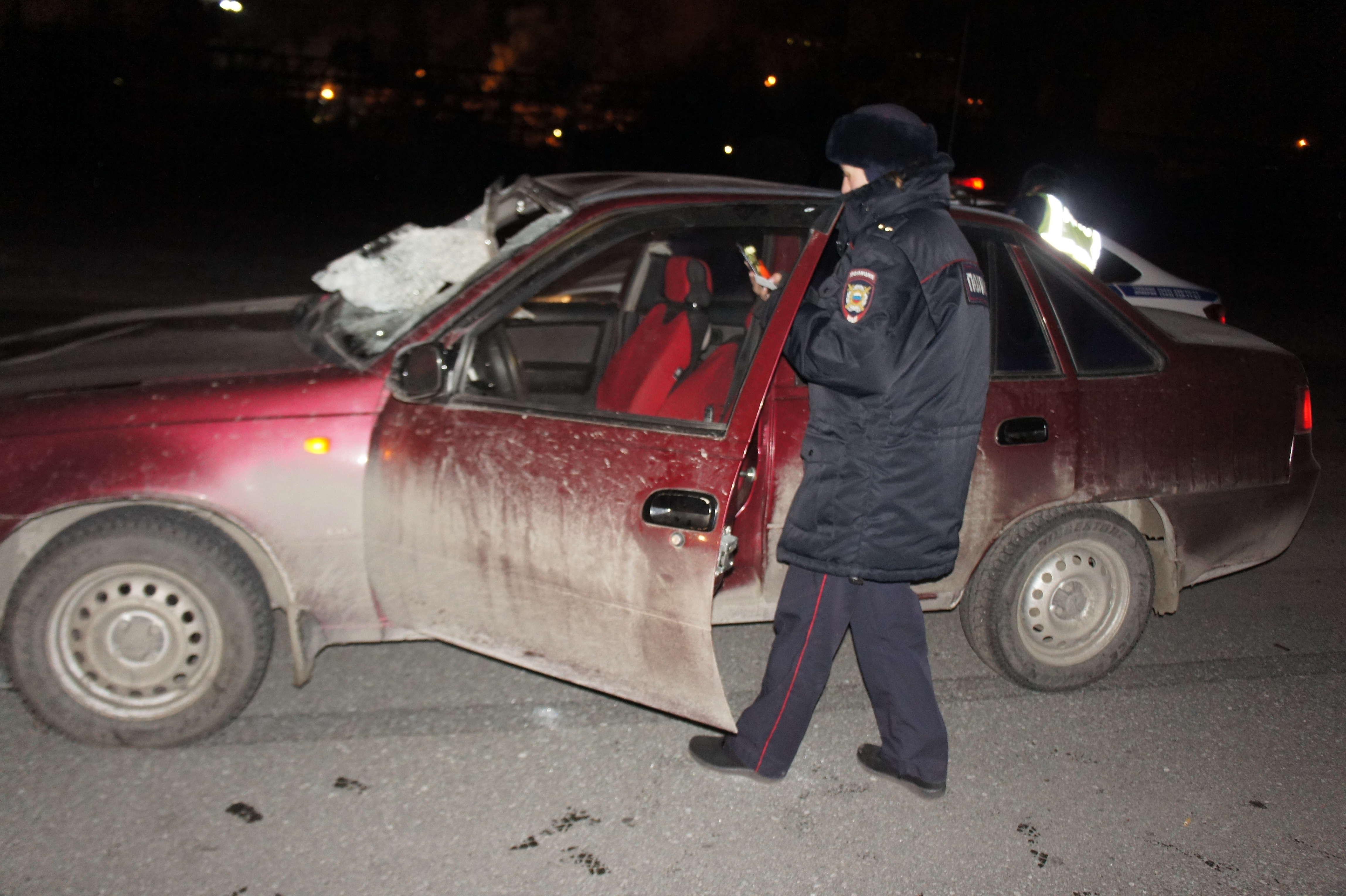 В Нижнем Тагиле под колёсами автомобиля погиб мужчина