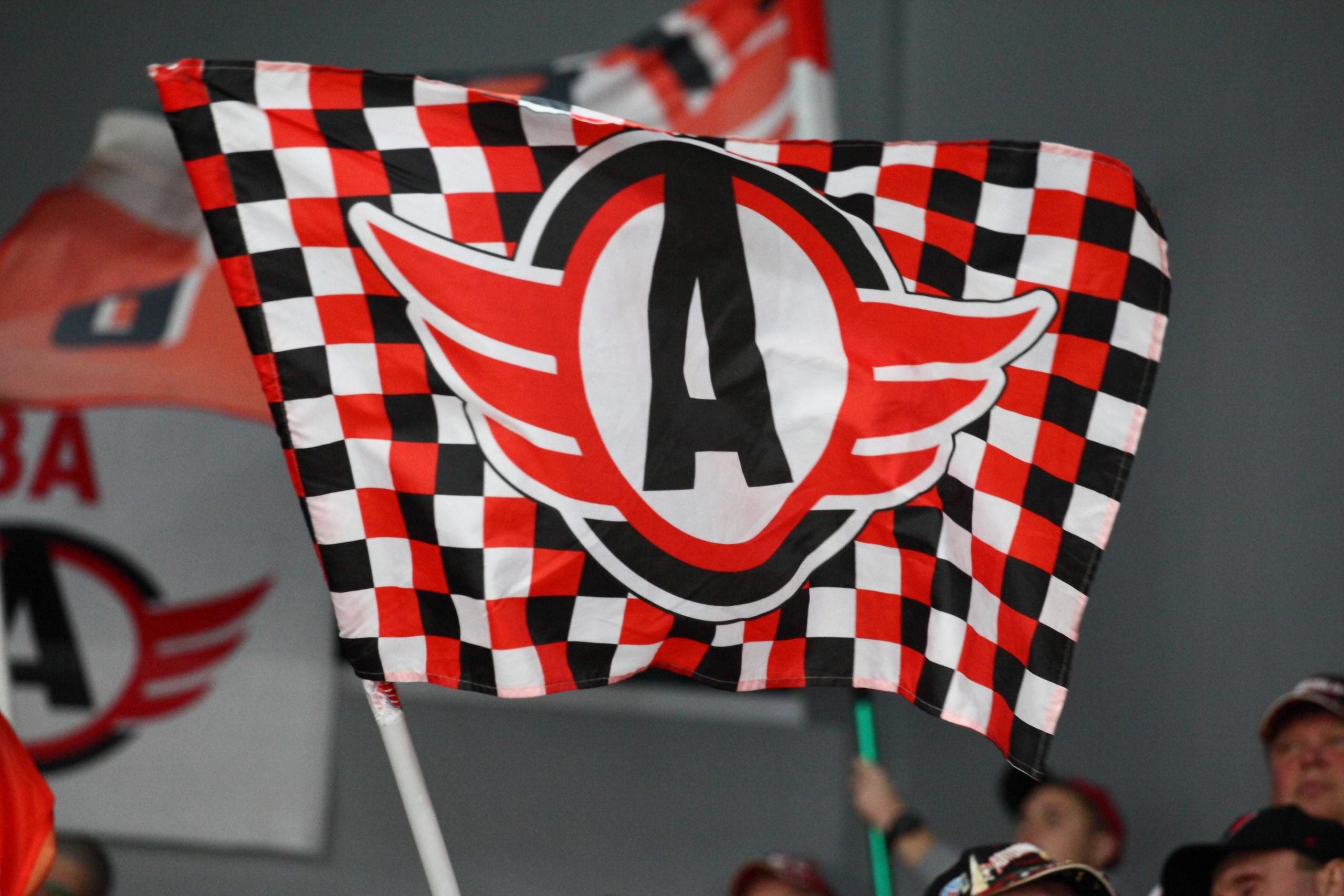 «Автомобилист» разгромил в Астане местную команду «Барыс» в матче регулярного чемпионата КХЛ