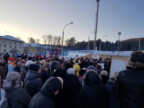 «Предновогодний тур»:  депутат Госдумы отправился на защиту уральцев от сверхпоборов в ЖКХ