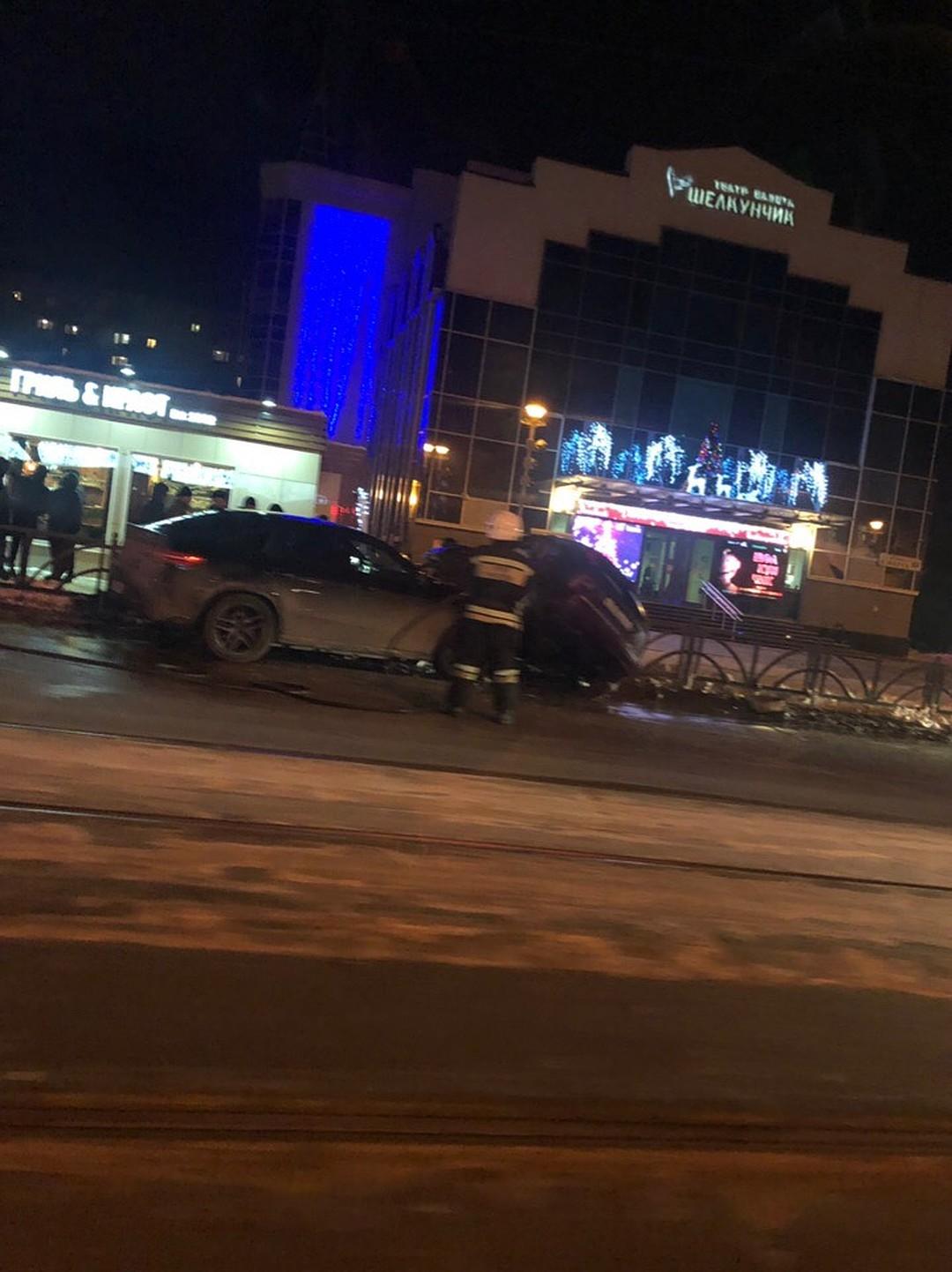 В результате ДТП в Екатеринбурге двадцатидвухлетняя девушка попала в реанимацию