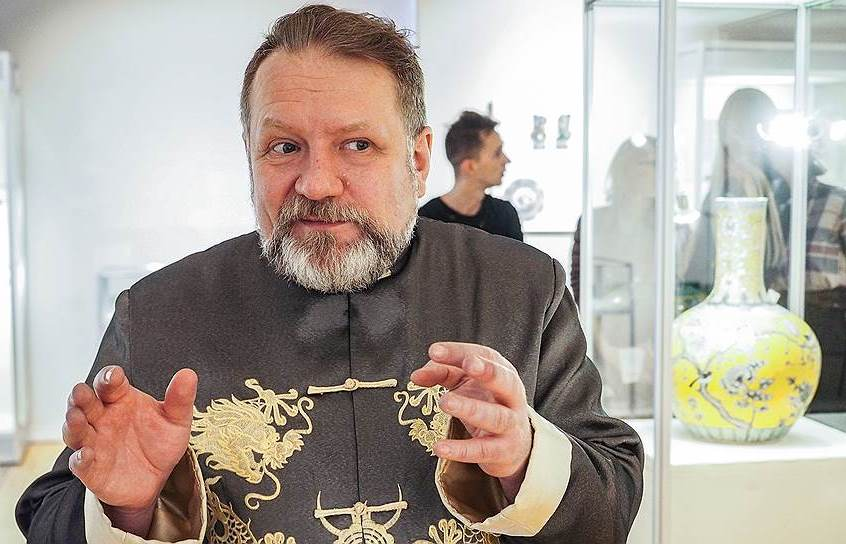 Выставка «Свой Восток»: беседа с коллекционером  Алексеем Глазыриным состоится в Екатеринбургском музее изобразительных искусств