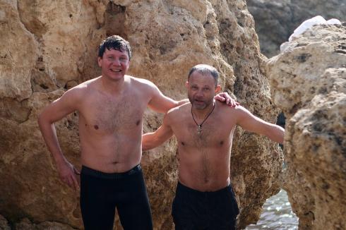 Футболисты «Урала» отметили Крещение Господне в Средиземном море