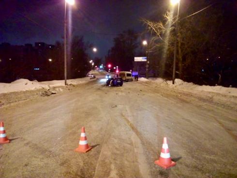 В ночном ДТП на Бебеля пострадали четыре человека