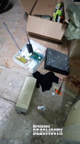 В Нижнем Тагиле с поличным задержали группу потрошителей банкоматов