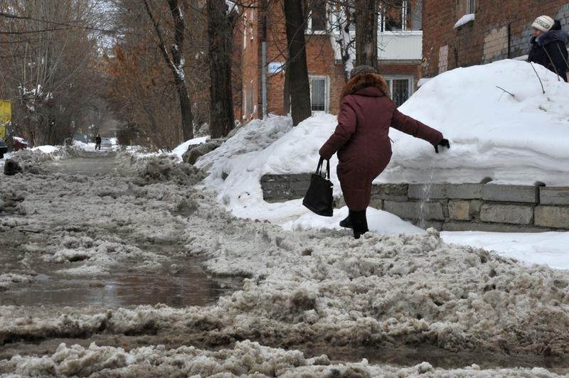 В Екатеринбурге из-за коммунальной аварии 34 дома на Уралмаше остались без тепла