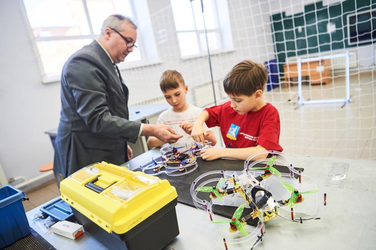 Опыт Верхней Пышмы по подготовке будущих инженеров перенимают педагоги со всей области