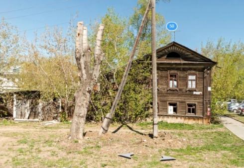 В Екатеринбурге целых 23 года не могут снять с госохраны барак, который по ошибке признали памятником архитектуры