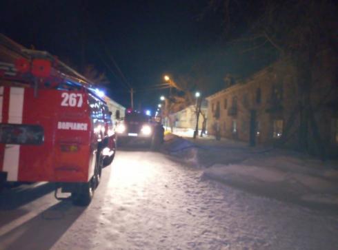 Среди пострадавших есть дети: в Свердловской области накануне загорелась квартира