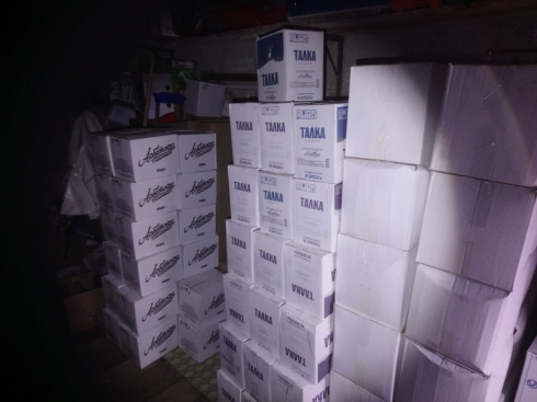 В Нижнем Тагиле оперативники ФСБ выявили склад с контрафактным алкоголем