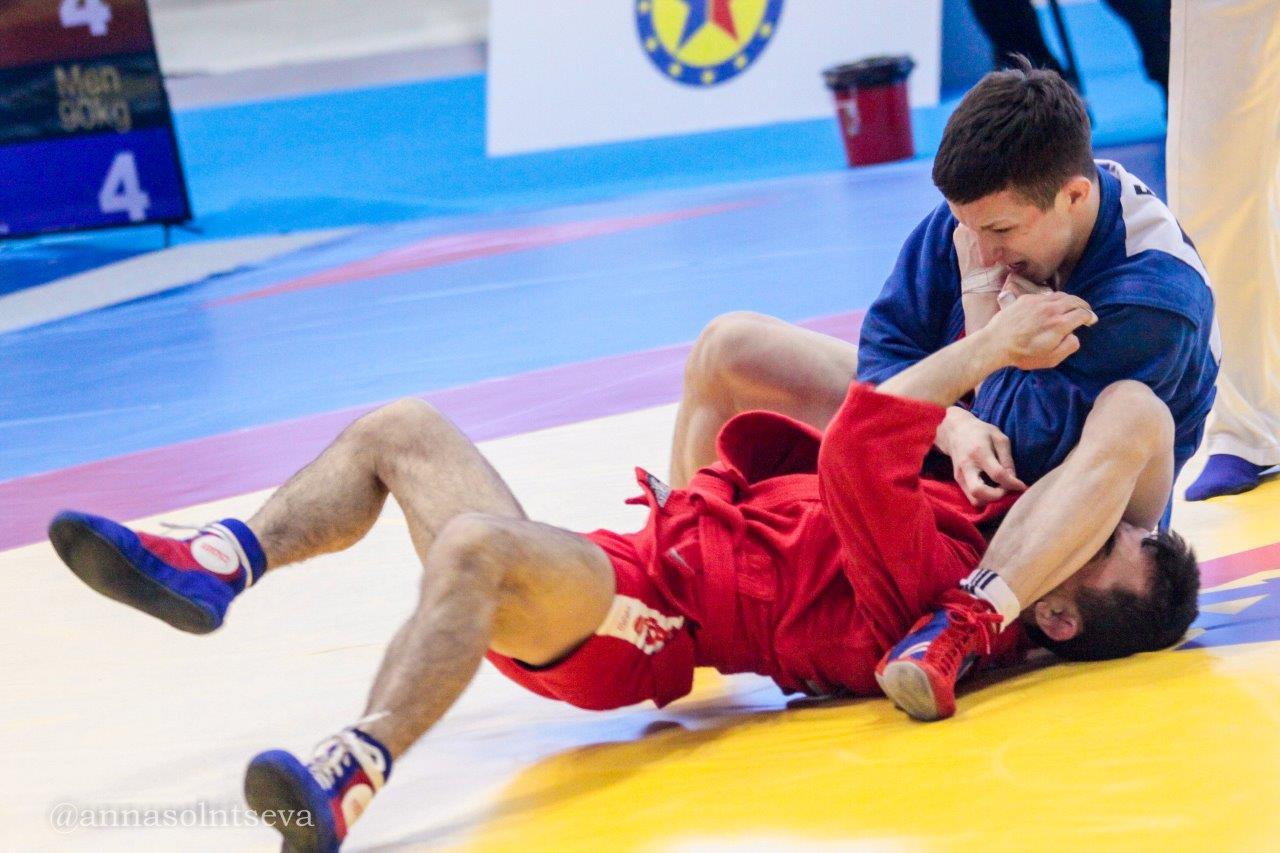 Две медали завоевали представители УГМК на чемпионате Европы по самбо