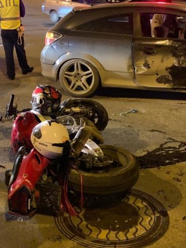 В Екатеринбурге произошло ДТП с участием мотоцикла. Есть пострадавшие