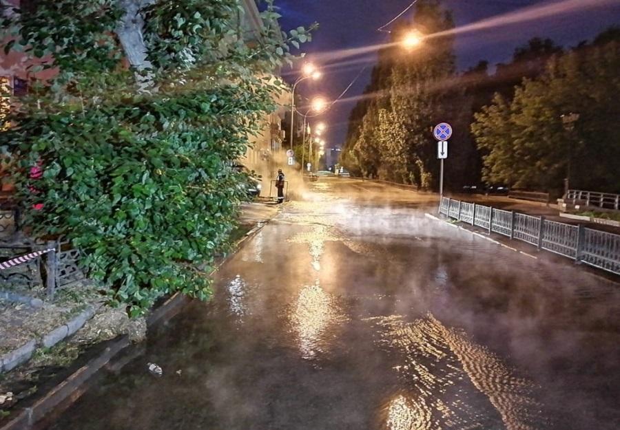 Около музея Изобразительных искусств в Екатеринбурге произошла коммунальная авария