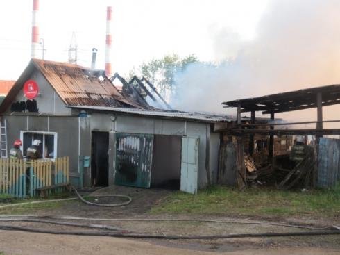 Друг человека: в Каменске-Уральском собака спасла хозяев от гибели в пожаре
