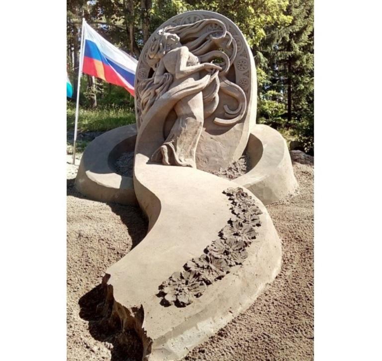 Искусство за 30 часов: Екатеринбуржец выиграл конкурс песчаных скульптур в Финляндии