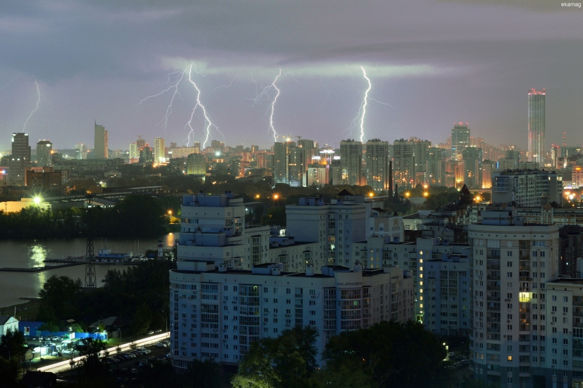 Екатеринбург и пригород на одно утро превратились в Венецию