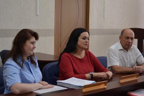 Два кандидата на должность губернатора Зауралья подали документы на регистрацию